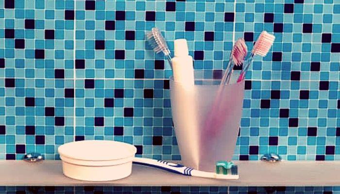 Как пользоваться зубным порошком для чистки зубов