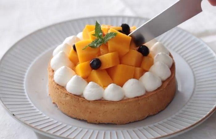 Готовый фруктово-ягодный тарт