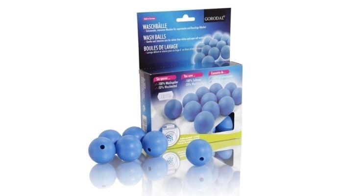Как выглядят магнитные шары для стирки пуховиков